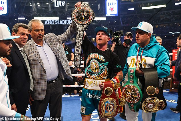 Alvarez was always going to take Saunders' belt in his quest for super-middleweight perfection