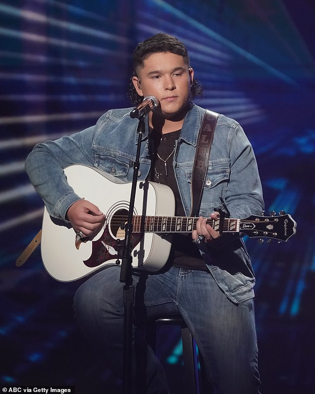 Kennedy, on Sunday's show, performed the Chris Stapleton cover Midnight Train to Memphis