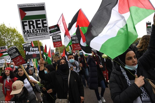 Hundreds of people joined the protest as demonstrators marched in solidarity with the Palestinian people