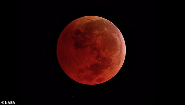 Next week a supermoon will combine with a lunar eclipse, causing our natural satellite to appear bigger and redder than usual, according to astronomers
