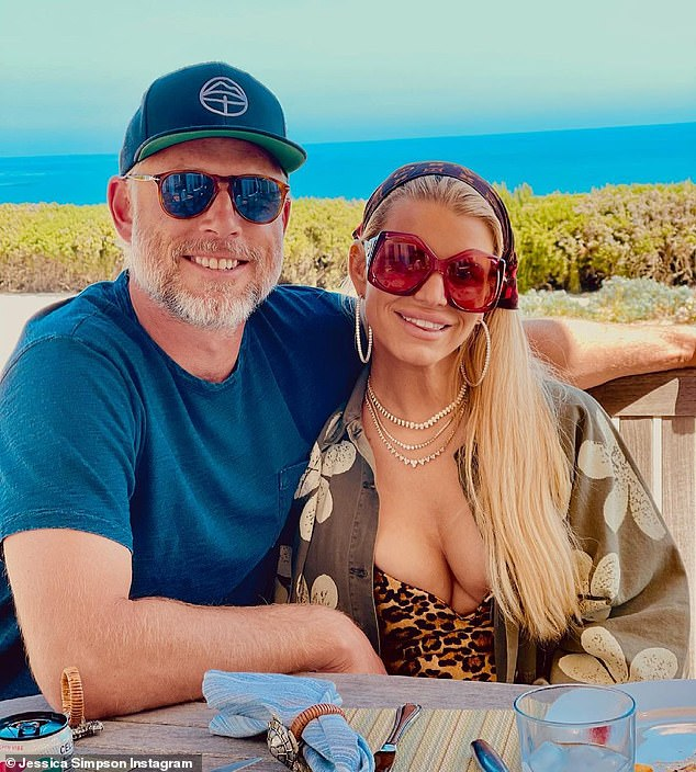 Gushing tribute:The 40-year-old singer remarked that their love 'expands beyond horizons,' and called 'access to his heart,' the 'greatest gift'
