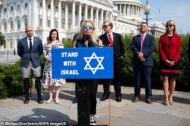 Jewish groups, like the American Jewish Congress, and many others quickly condemned the comments on social media