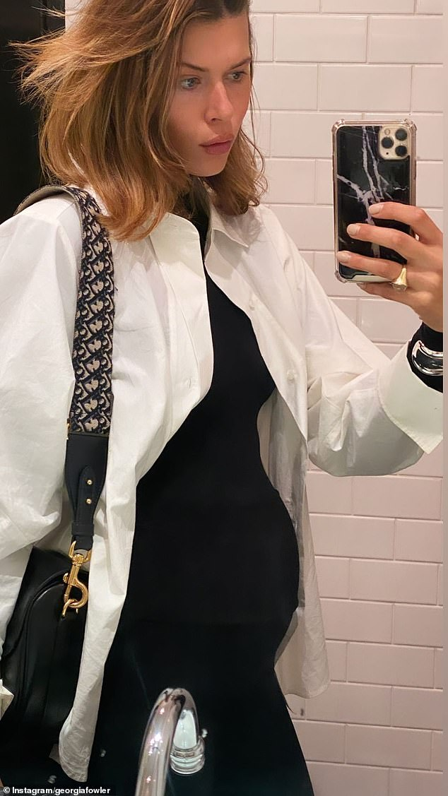 Looking good:On Tuesday night, the Victoria's Secret model headed out to dinner at Bambini Trust Restaurant & Wine Room, and a visit to the Art Gallery of NSW