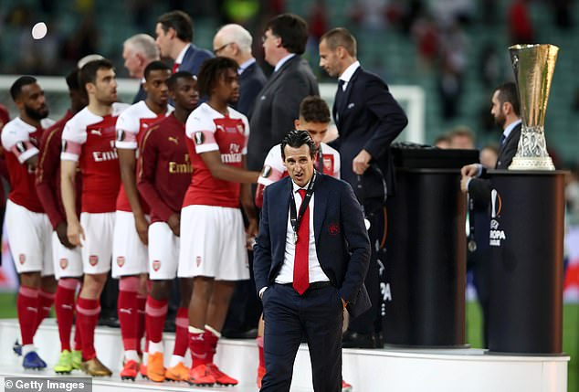 Unai Emery looks dejected after his Arsenal side lost the 2019 Europa League final to Chelsea