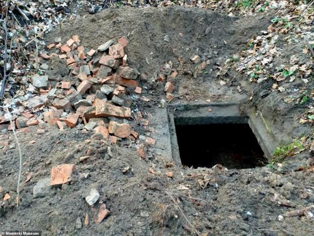 A secret network of WWII tunnels thought to contain the long-lost Amber Room or other wartime treasures has been discovered at the site of Nazi Germany¿s former eastern army HQ
