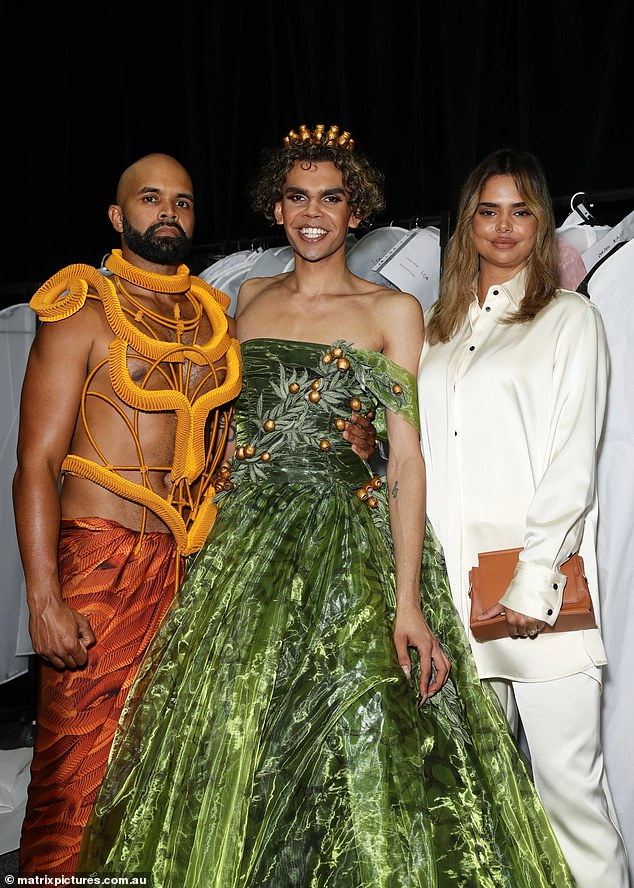 Fashion: The 30-year-old and some other models at the event posed together
