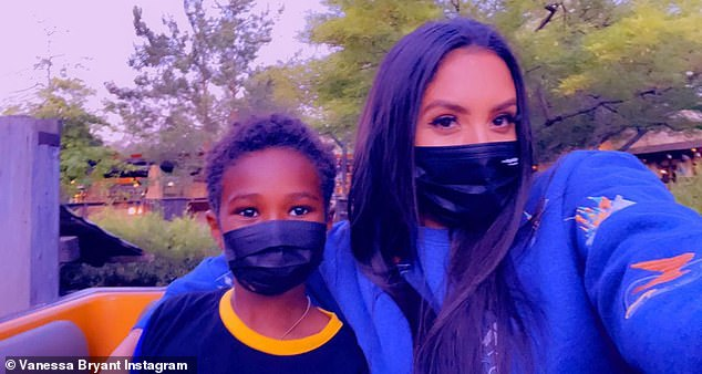 'Auntie V': Vanessa enjoyed a moment with Ciara's seven-year-old son Future