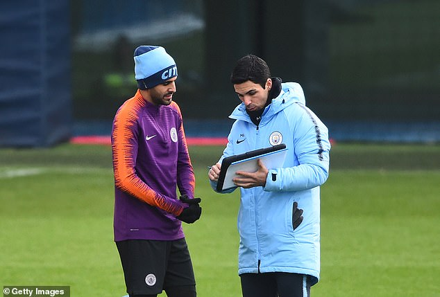 The 30-year-old has brushed off suggestions he would like to reunite with Mikel Arteta
