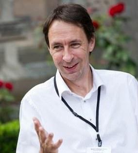 Dr Bart Haagmans