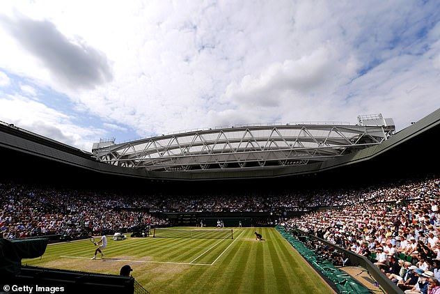 Wimbledon will welcome a full house for the singles' finals and open with half capacity