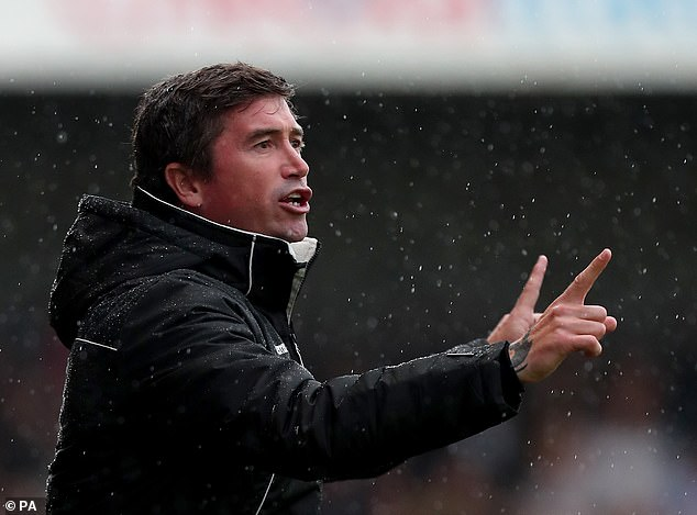 Former Leeds and Liverpool winger Harry Kewell has been appointed head coach of Barnet