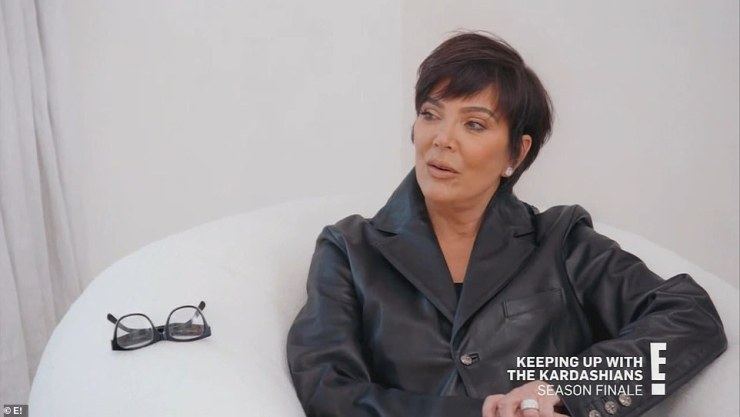 Checking in:After the disappointment of failing the test, Kris decides to check in on Kim at her LA home