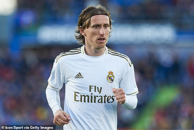 Mount admitted he was 'overwhelmed' that Modric wanted his shirt after their Champions League clash this season