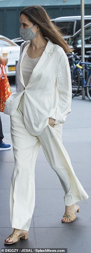 She leans on stylist Jen Rade
