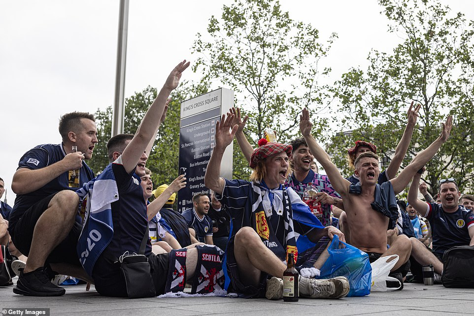 Scotland fans chanting outside King's Cross Station on June 17, 2021 in London last night ahead of the big game