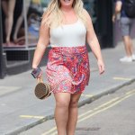 Gemma Collins beams as she proudly shows off her impressive 3.5st weight loss 💥👩💥