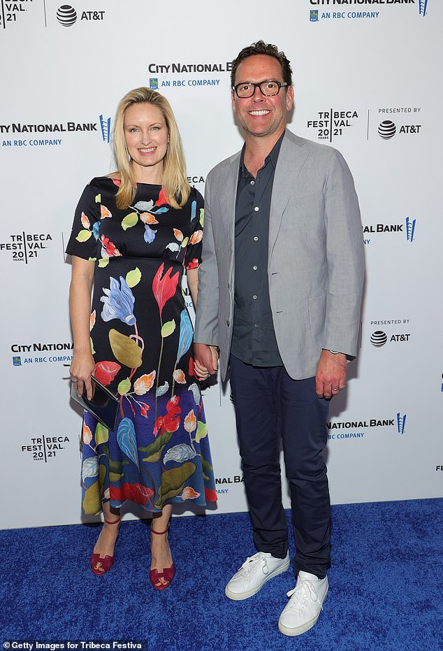 To complete the star guest list: former Fox executive James Murdoch and his wife Kathryn Hufschmid