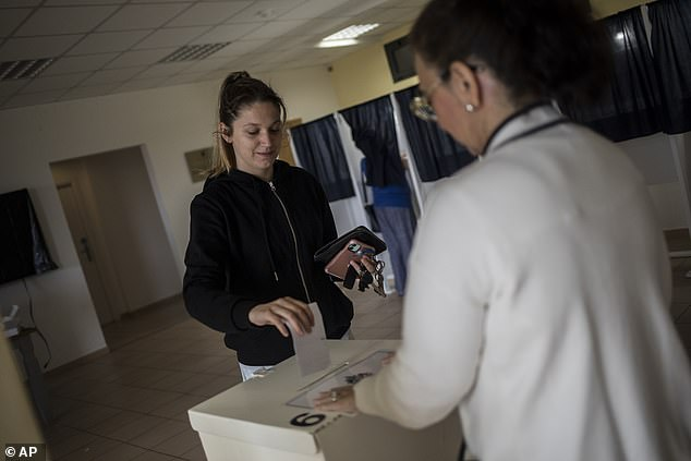Gibraltar voted by a large majority to ease its draconian abortion laws, results showed early Friday