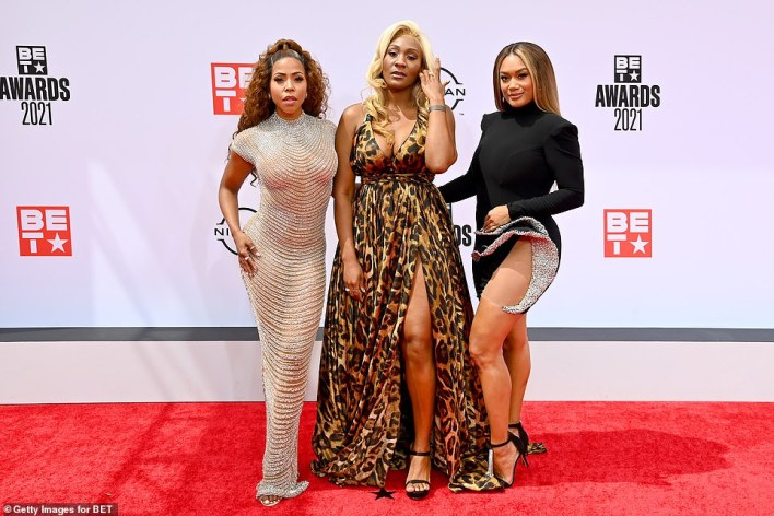 Wowza! KJ Smith, Mignon, Crystal Hayslett stole the show in their super sexy looks