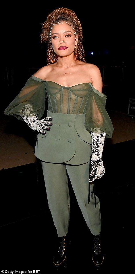 Making them green with envy! Andra looked fab in the sexy yet edgy look