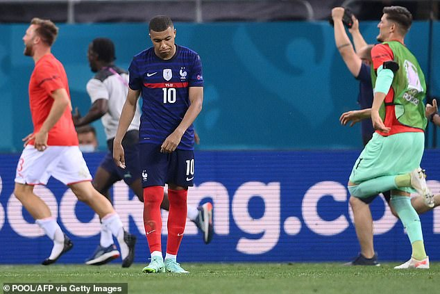 Euro 2020: Gary Neville claims he KNEW Kylian Mbappe would miss his penalty  after his off night - Saty Obchod News