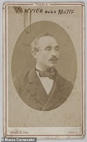 Politician Eugène Janvier de la Motte was among Marthe's admirers, lending her five hundred francs