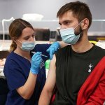 Getting a flu jab slashes the risk of being hospitalised with Covid by up to 60%, study finds 💥👩💥