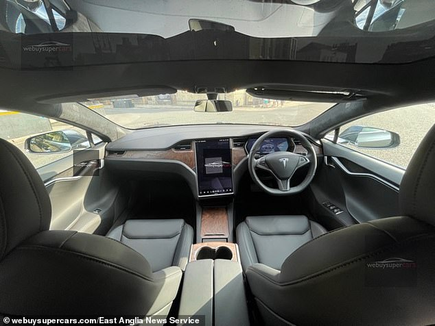 Phil Corker, the head of purchasing at webuysupercars.com, said: ¿We bought the Tesla that Prince Charles had been using for the last few months through a tip off from a contact at Tesla'