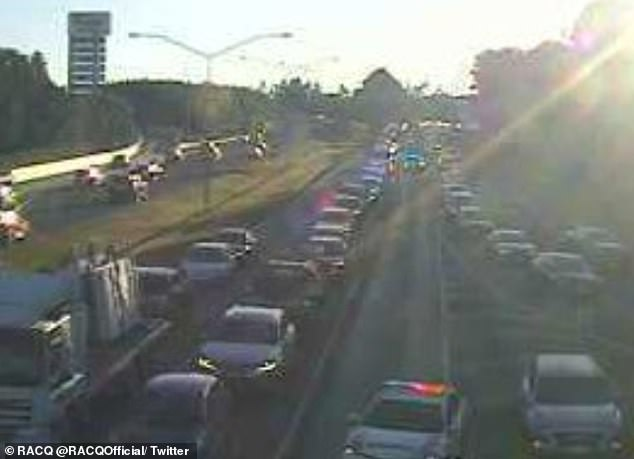 There were heavy delays on the Anzac Avenue /Bruce Highway overpass at Mango Hill due to a truck roll over on Tuesday morning
