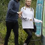 Jack Whitehall and his girlfriend Roxy Horner enjoy a day at Thorpe Park 💥👩💥