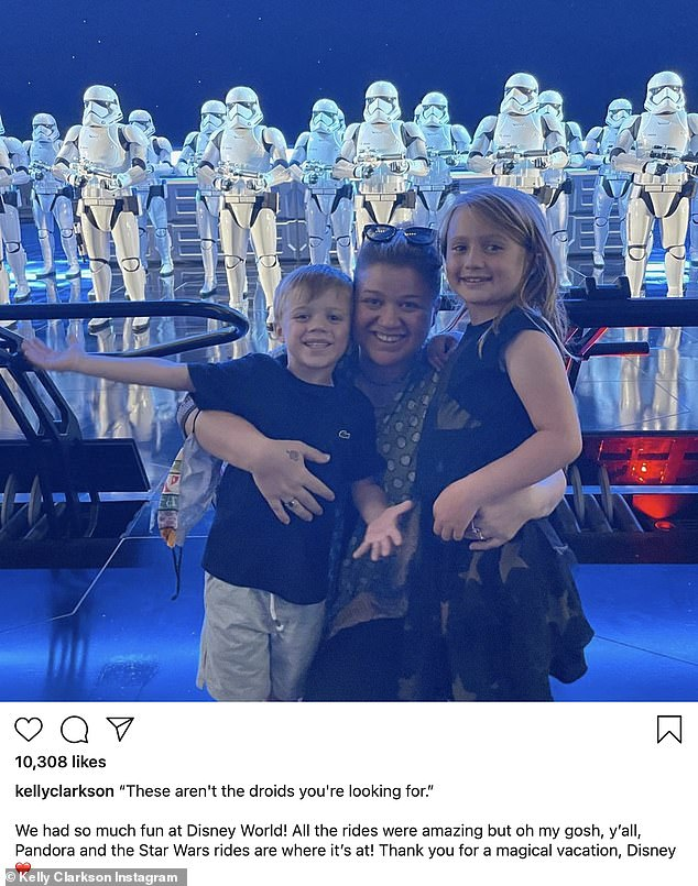 The latest:Kelly Clarkson, 38, shared a shot from her Disney World vacation with kids River Rose, six, and Remington Alexander, four, on Wednesday