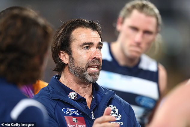 Geelong coach Chris Scott has urged players and their families to roll with the punches as the AFL attempts to navigate its way through the latest Covid-19 crisis