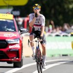 Matej Mohoric copied Lance Armstrong's 'zipped-lips' gesture as he celebrated winning at the Tour 💥👩💥