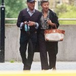 Tracey Ullman, 61, looks chic as she heads to dinner with a mystery man 💥👩💥
