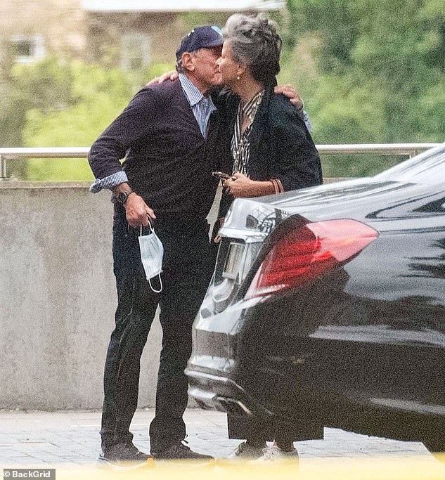 Welcoming: The pair met in a car park before greeting each other with a hug and a kiss on the cheek