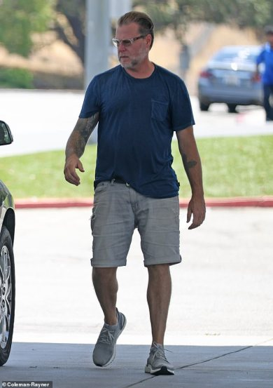 Dean McDermott seen with out wedding ceremony ring for first time amid rumors of a cut up from Tori Spelling
