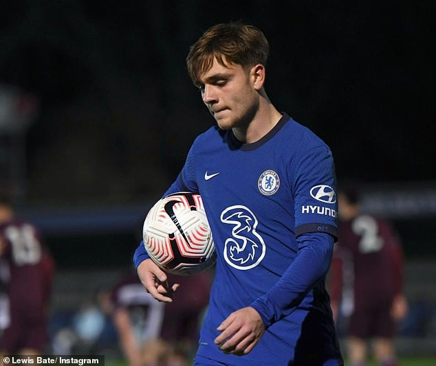 Chelsea starlet Lewis Bate is a target for Leeds and they are frontrunners to sign him