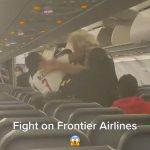 Wild brawl breaks out between passengers on Frontier Airlines flight 💥👩💥