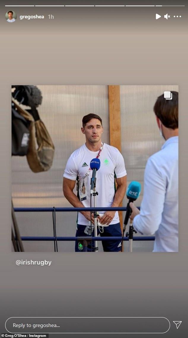 Vragen beantwoorden: Greg kwam in de Olympische geest en deelde ook opnieuw een foto van zichzelf in Ierse Olympische uitrusting terwijl hij een interview hield