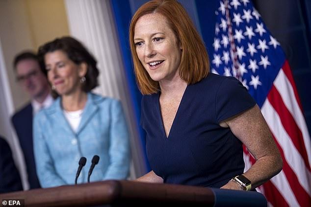 Perssecretaris Jen Psaki van het Witte Huis hield vol dat er geen beslissing was om het gezichtsmaskerbeleid van de regering te veranderen