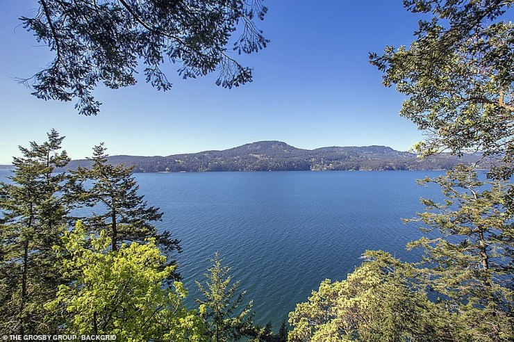 Island living:Orcas Island is the largest of the San Juan Islands of the Pacific Northwest, which are in the northwestern corner of San Juan County, Washington