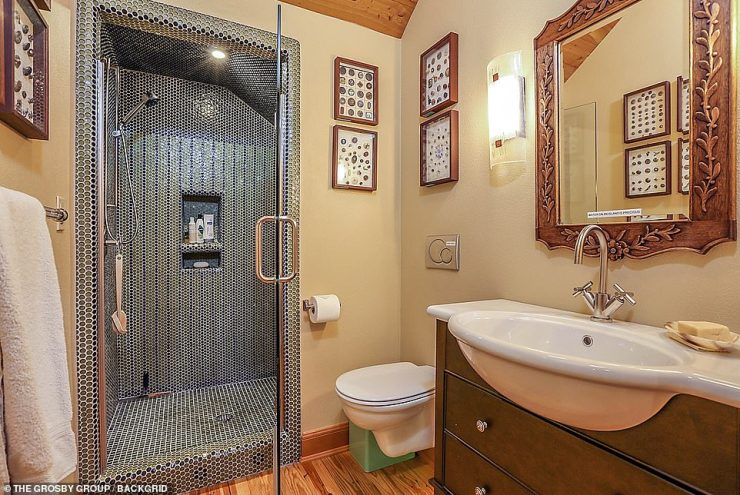 Intricate: The bathrooms offer vintage and palatial vibes