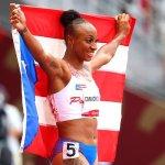 Tokyo Olympics: Puerto Rico sprinter Jasmine Camacho-Quinn takes the gold medal with blistering run 💥👩💥