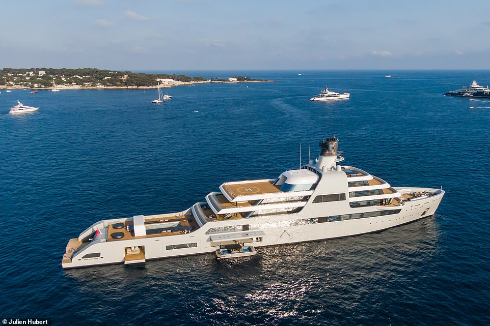 Yachting photographer Julien Hubert, who captured these images on a drone, said it was one of the biggest yachts he'd ever seen, standing at 460ft