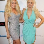 Holly Madison details 'contemporary' female GHOST she saw at the Playboy Mansion💥👩💥💥👩💥