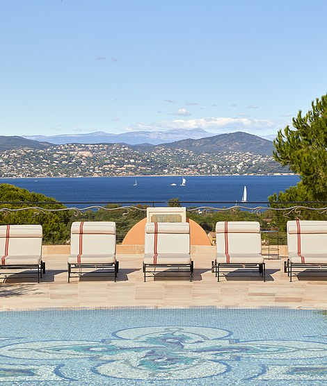 The view from the gorgeous main pool out over the Gulf of Saint-Tropez