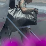 Travis Barker flies for the first time in 13 YEARS with Kourtney Kardashian after deadly plane crash 💥👩💥