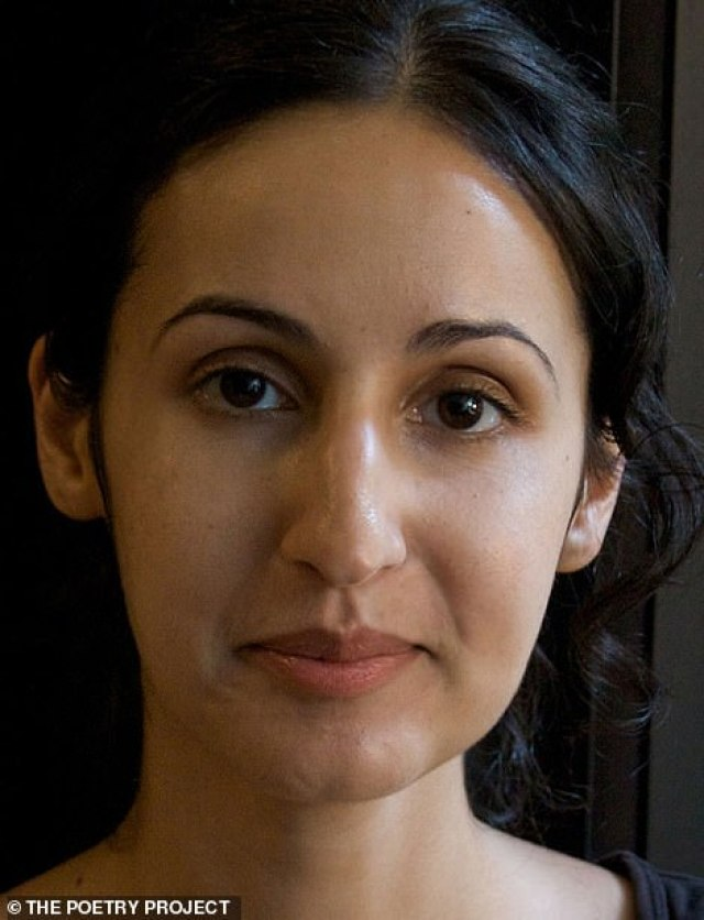 La fille de l'ancien président afghan aperçue se promenant à New York-(photos)