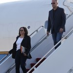 Kamala Harris touches down in D.C. after canceling her California rally with Gavin Newsom 💥👩💥