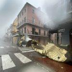 Hurricane Ida's 150mph winds tear roofs off buildings, make Mississippi River flow BACKWARDS 💥👩💥